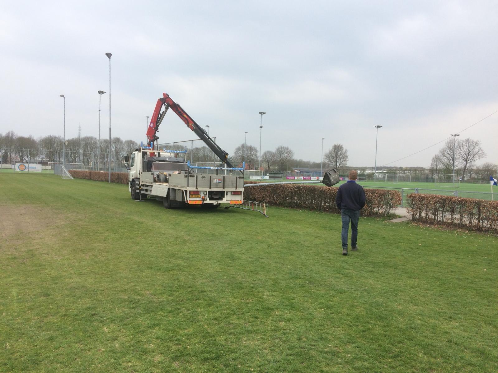 Lichtmasten op Veld8 worden deels verwijderd
